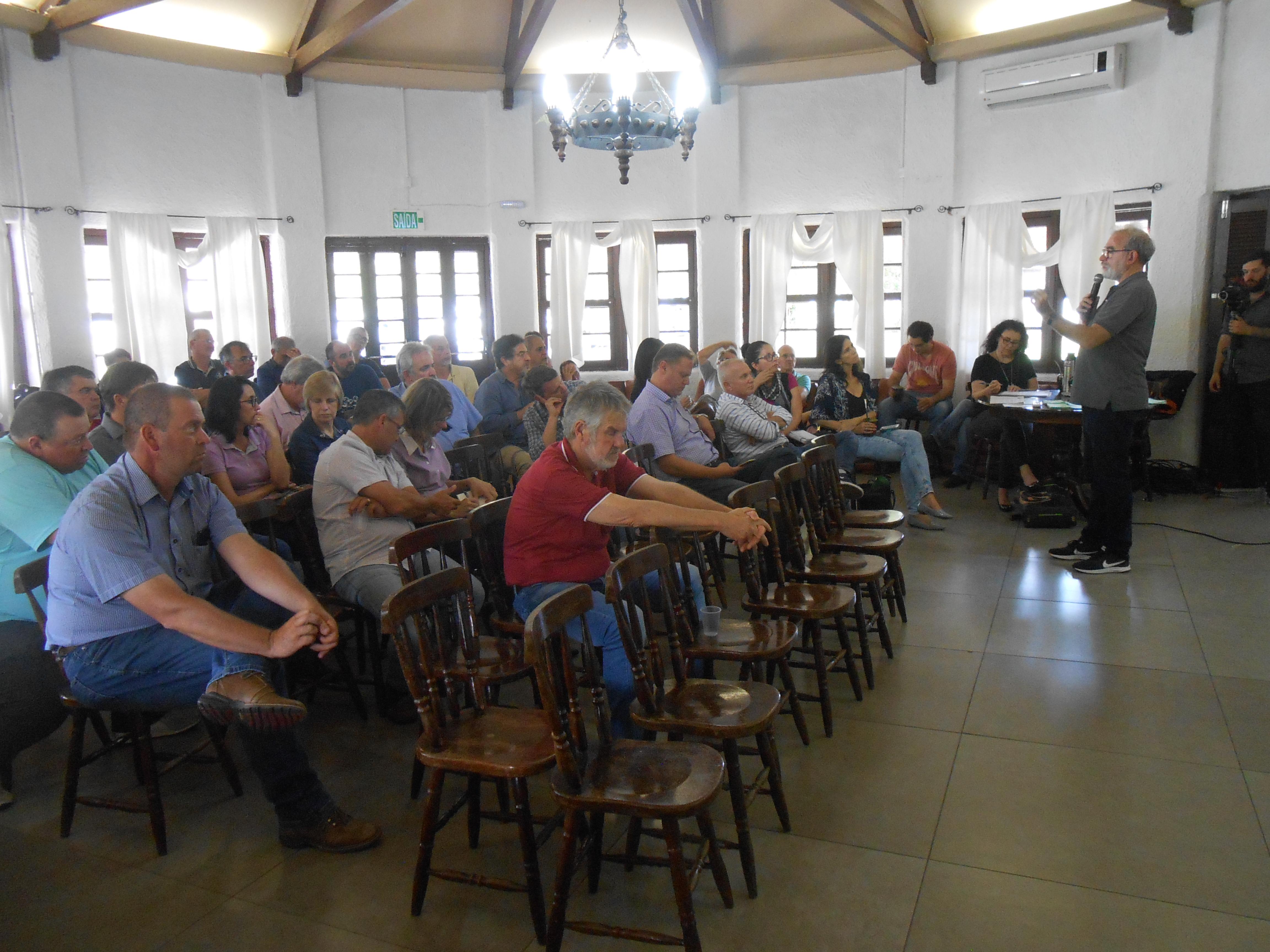 Comitê da Bacia Hidrográfica Mirim São Gonçalo realiza oficina na ARP